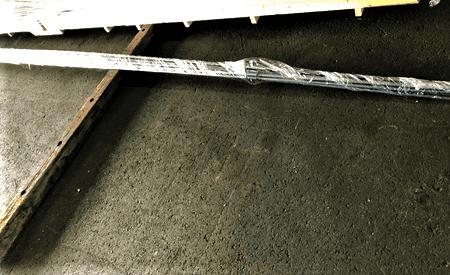 輸送品:丸棒鋼管パイプ6,000mm、15本1結束