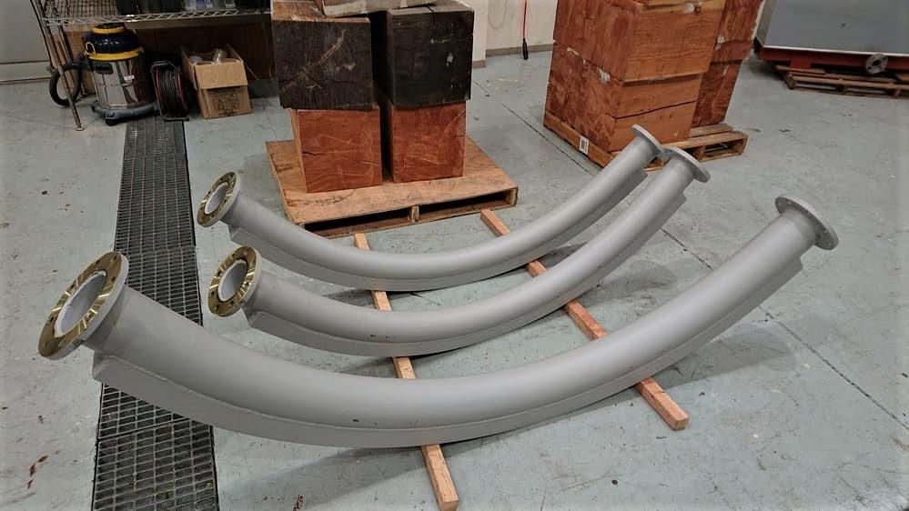 輸送品:フランジ付き鋼管パイプ(湾曲型2300mmあり)