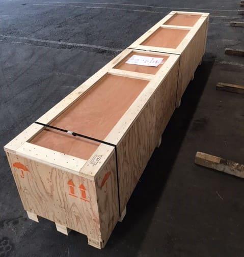 輸送品:木箱(3300mm×550mm×700mm)